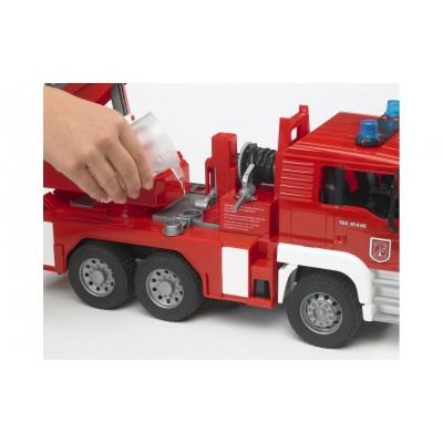 Пожарная машина MAN с лестницей и помпой Bruder (Брудер) 02771