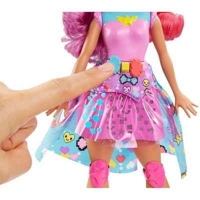 Кукла Барби Виртуальный мир На роликах DTW00